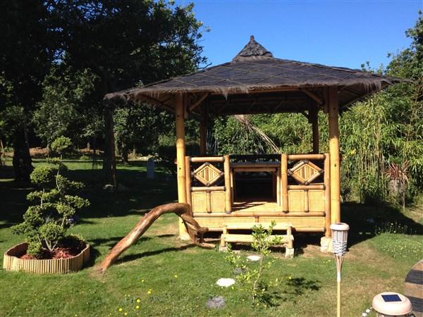 paillote gazebo vente abris de jardin en bambou et. Black Bedroom Furniture Sets. Home Design Ideas
