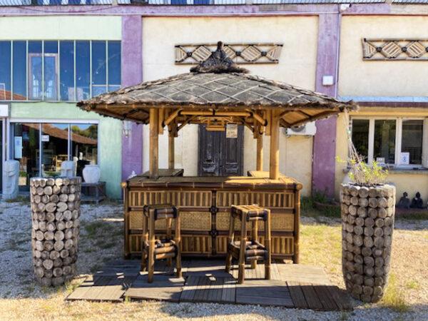 Bar en bambou noir