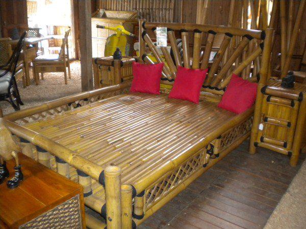 Lit en bambou