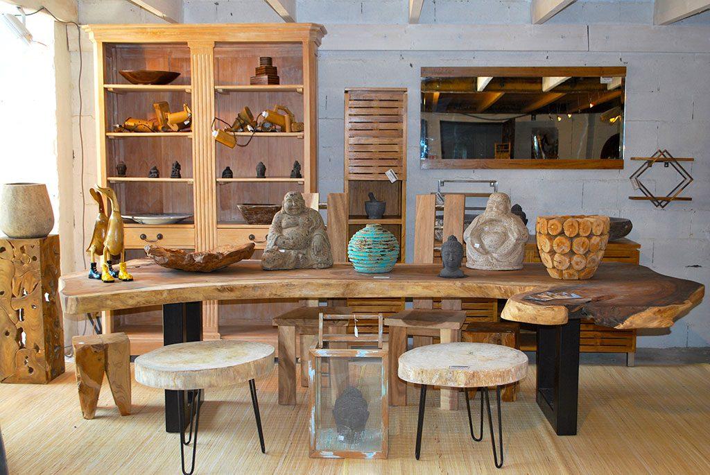 Magasin de mobilier et objets de décoration
