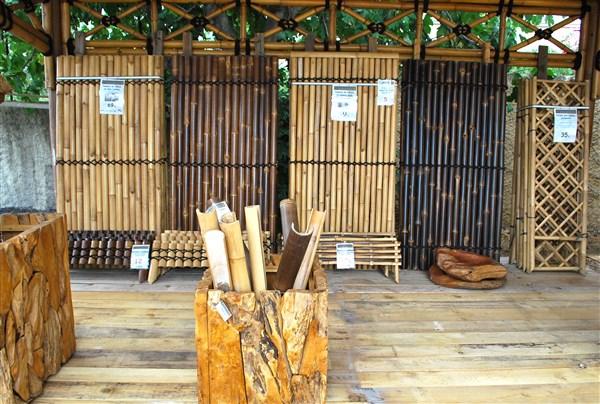 panneau en bambou cl ture en bambou. Black Bedroom Furniture Sets. Home Design Ideas