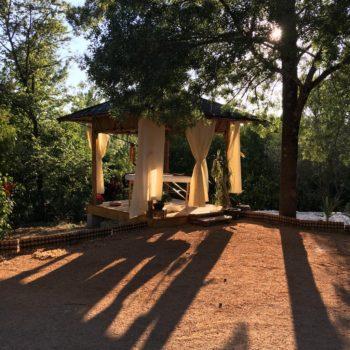 Paillote bambou - Salon de massage ayurvédique