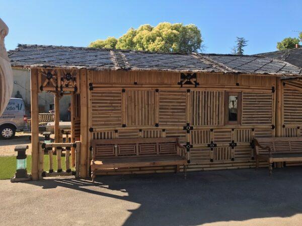 Grande cabane bambou
