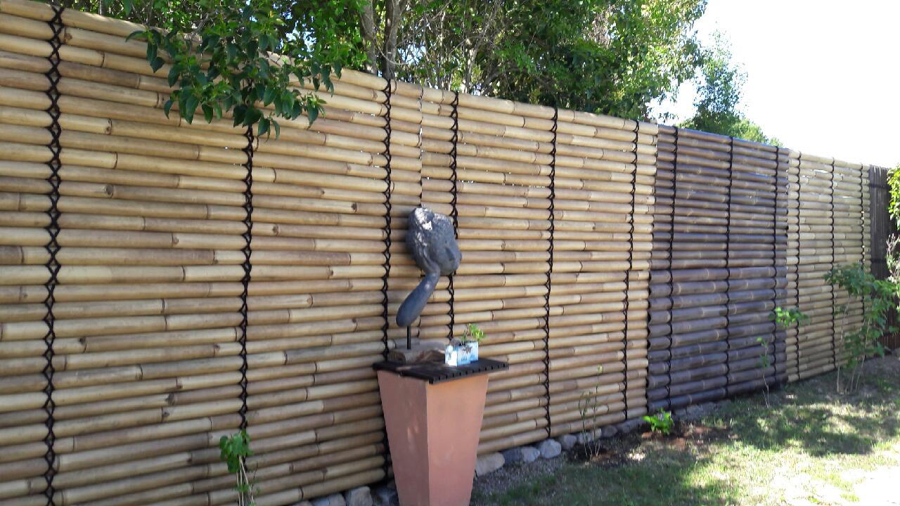 Panneau bambou vente abris de jardin en bambou et mobilier exotique - Cloture jardin prix ...