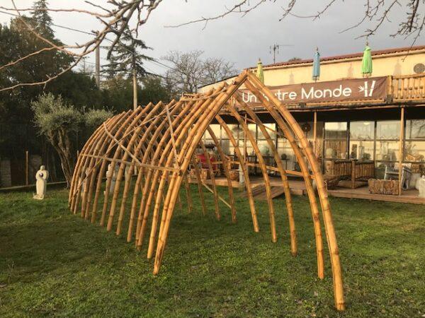 Arche de décoration en bambou