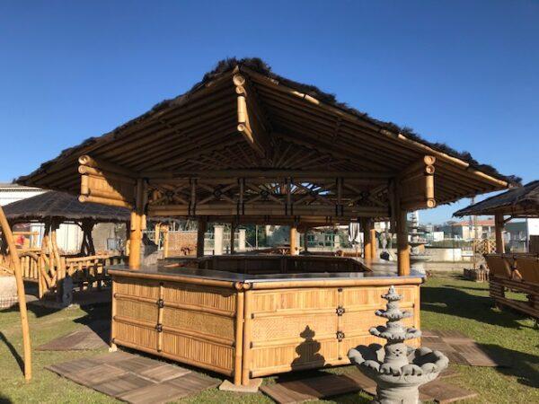 Bar bambou pour plage privée