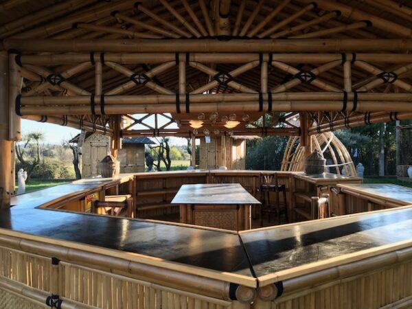 Bar de plage en bambou