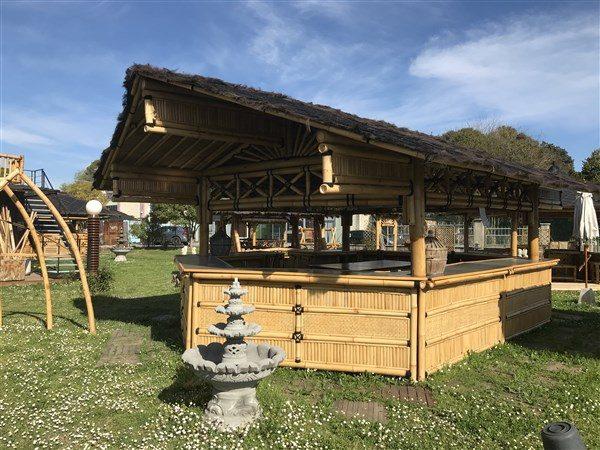 Grand bar bambou professionnel