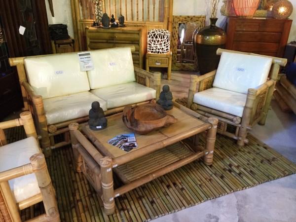 Salon en bambou for Mobilier bambou exterieur