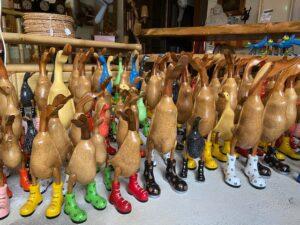 Grand choix de canards en bambou