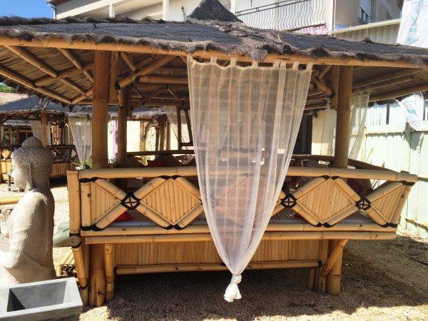 Paillote en bambou