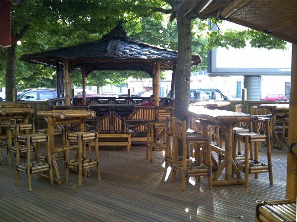 Mobilier bambou pour restaurants et plages privées