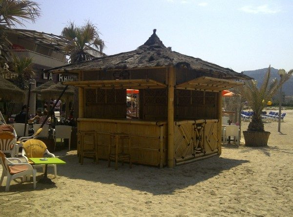 Paillote bar plage privée à Marseille