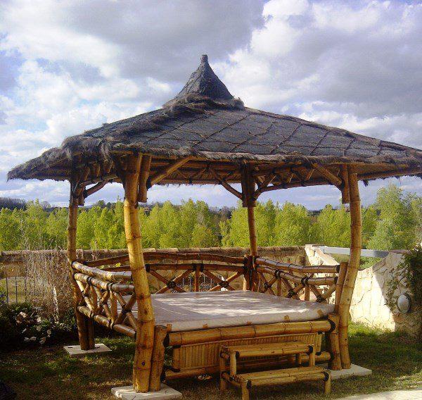 """Gazébo lit """"ORI Bed"""" en bambou"""