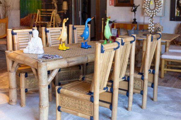 Mobilier exotique salle à manger